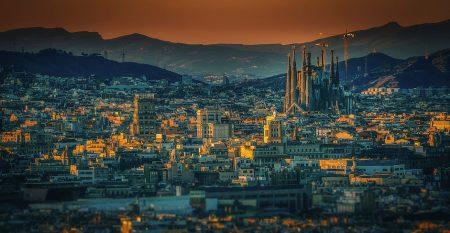 barcelona-3226639_960_720